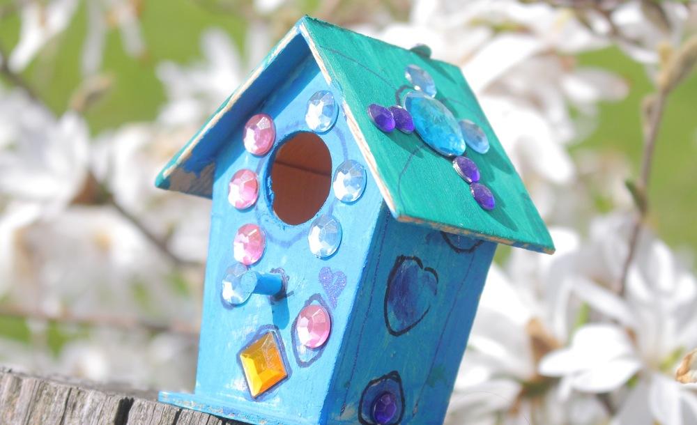 mini vogelhaus aus holz mama macht spa. Black Bedroom Furniture Sets. Home Design Ideas